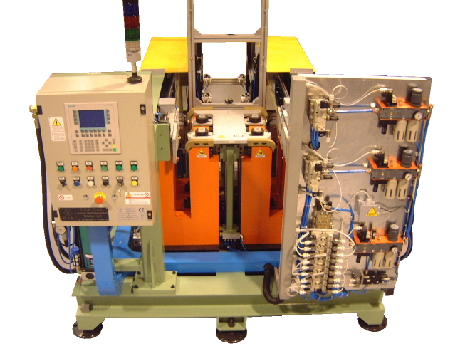 Automatic clinching machine